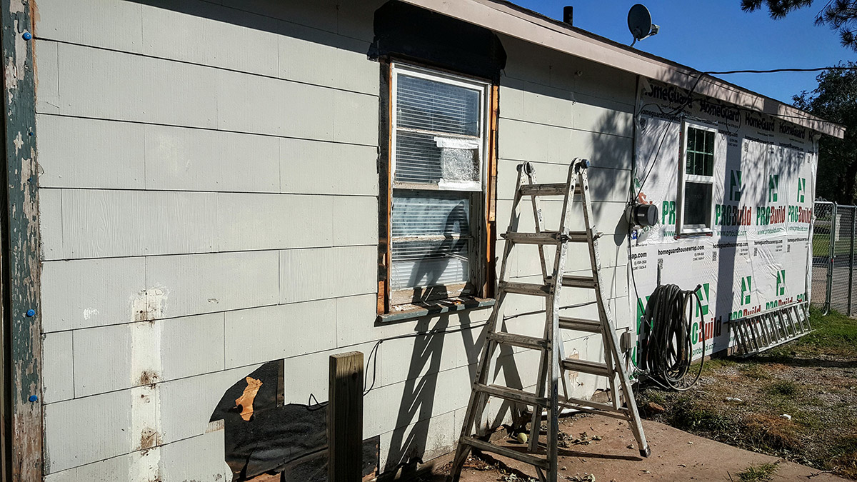 Home siding repair and installation in wichita ks for Allure cement siding